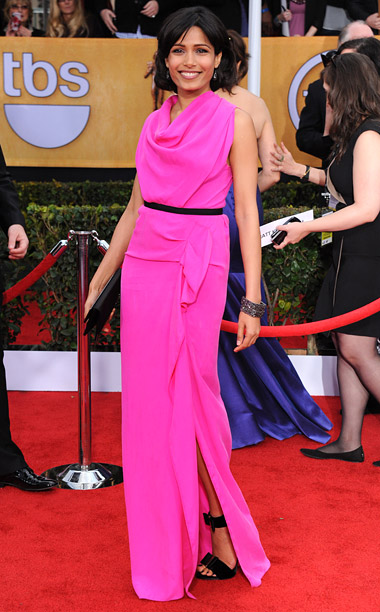 Style, Style: Red Carpet, ... | Hey, Freida, now that you're done with that chic fuchsia dress, can I borrow it? A+