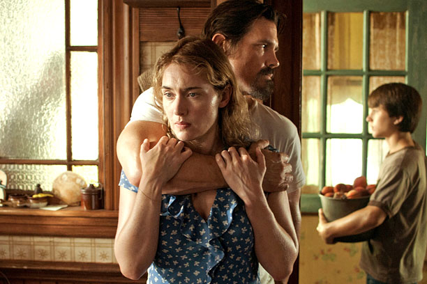 Toronto International Film Festival | Starring Kate Winslet, Josh Brolin Director Jason Reitman's latest stars Kate Winslet as a reclusive single mother who puts herself and her teenage son at…