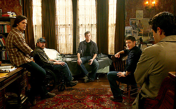 Supernatural | In the 100th episode of the Winchester brothers ''hunting demons and saving people,'' Dean (Jensen Ackles) packed up his things and prepared to hand over…