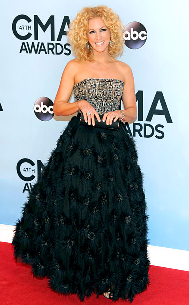 Style, Style: Red Carpet, ... | Like Hayley Orrantia, the Little Big Town singer goes the unfortunate ''The top of my dress has a restraining order out against the bottom of…