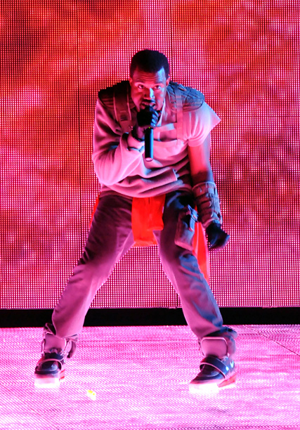 Though Kanye West enraged festivalgoers at 2008's Bonnaroo by delaying his already late-scheduled headlining set by nearly two hours (he blamed the technical complexity of…