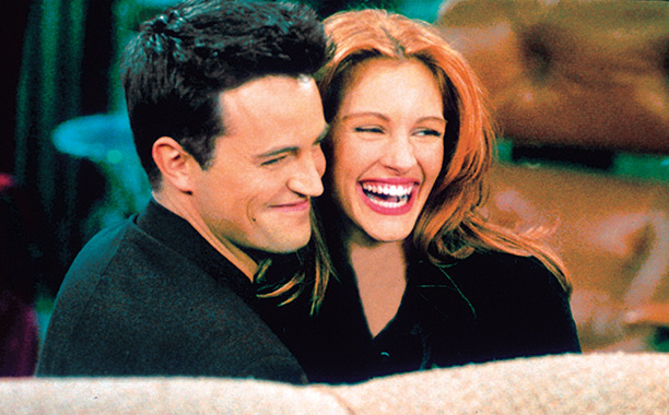 Friends   ''The One After the Super Bowl: Part 2'' (Season 2) Roberts got sweet revenge as Susie, who stole Chandler's clothes, stranding him in the restroom.