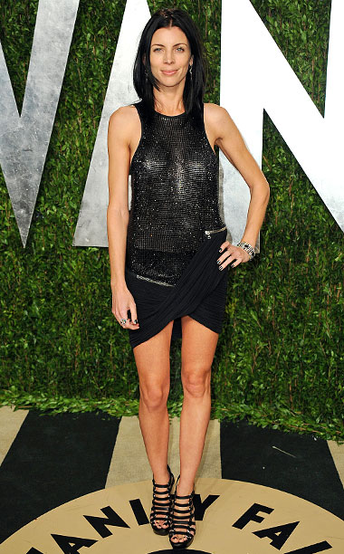 Style | Based on this slinky number from the 2013 Vanity Fair shindig, it would appear the model-turned-scorned-woman has an undergarment policy as free as her name.…