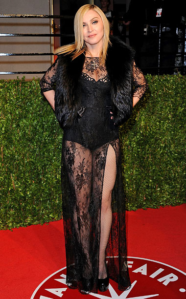 Style | We saw London, we saw France, we saw Her Madgesty's underpants...at Vanity Fair 's 2011 fête. — Lanford Beard