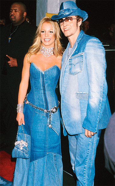 Britney Spears with Justin Timberlake, 2001 American Music Awards