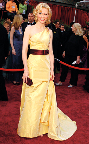 Cate Blanchett in Valentino Couture, 2005 Academy Awards