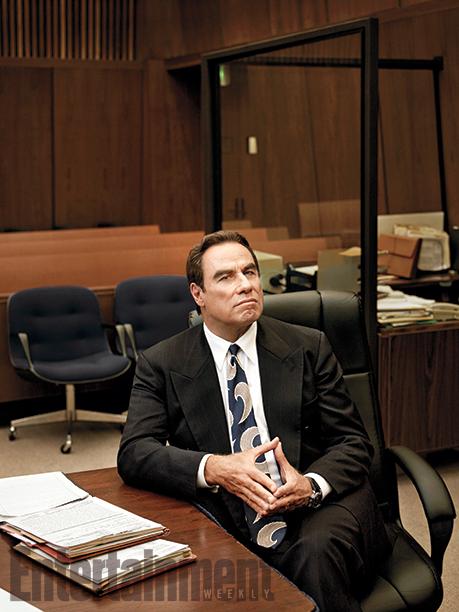 John Travolta (as Robert Shapiro)