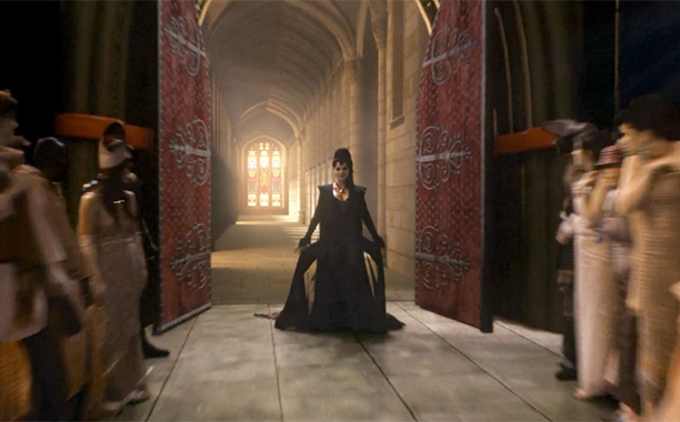 Lana Parrilla on the Evil Queen's entrance