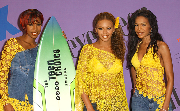 Kelly Rowland, Beyonce Knowles, and Michelle Williams at the 2001 Teen Choice Awards