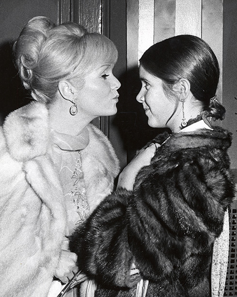 Debbie Reynolds With Carrie Fisher in New York City on November 6, 1972