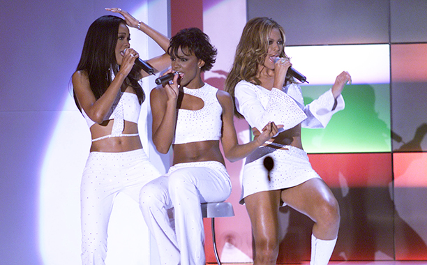 Michelle Williams, Kelly Rowland, and Beyonce Knowles at the 2000 VH1 Vogue Fashion Awards