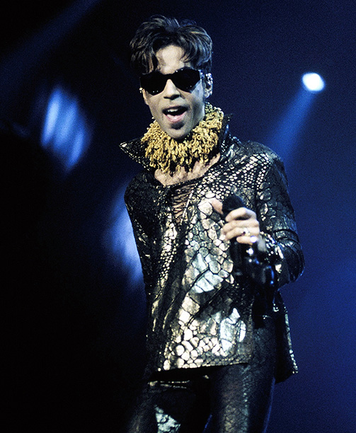 Prince Performing on October 10, 1997