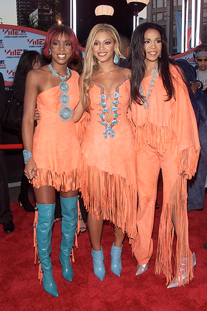 Michelle Williams, Kelly Rowland, and Beyonce Knowles at the 2001 MTV Video Music Awards