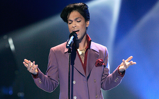 Prince Performing on May 24, 2006