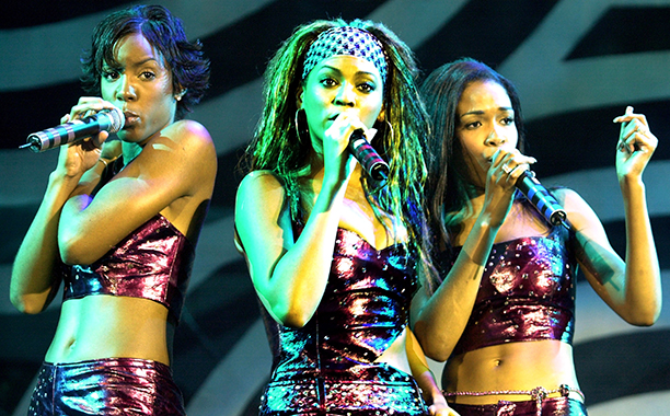 Kelly Rowland, Beyonce Knowles, and Michelle WIlliams at the Mars Music Amphitheater in Florida in 2000