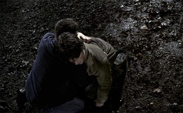 4. Sam Stabbed by Jake (Season 2, Episode 21)