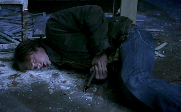 8. Sam Stabbed by Anna, Resurrected by Michael (Season 5, Episode 13)