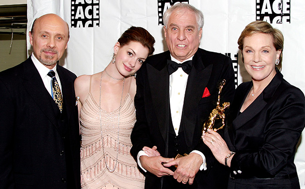 Garry Marshall With Hector Elizondo, Anne Hathaway, and Julie Andrews at the 54th Annual ACE Eddie Awards on February 15, 2004
