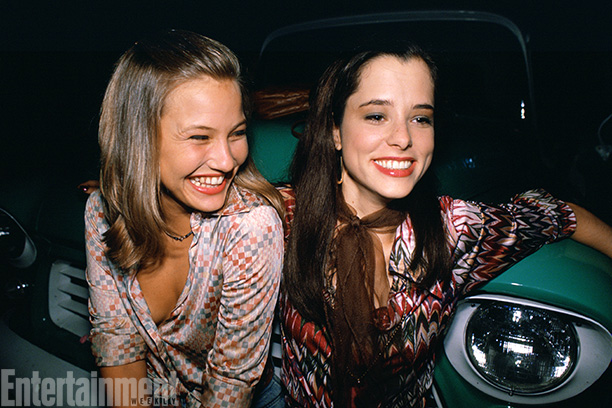 Dazed And Confused | Joey Lauren Adams and Parker Posey are all smiles.