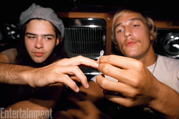 Dazed And Confused | Rory Cochrane and Matthew McConaughey puff-puff pass.