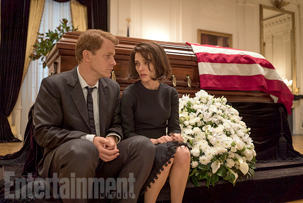 Peter Sarsgaard as Bobby Kennedy and Natalie Portman as Jacqueline Kennedy in 'Jackie'