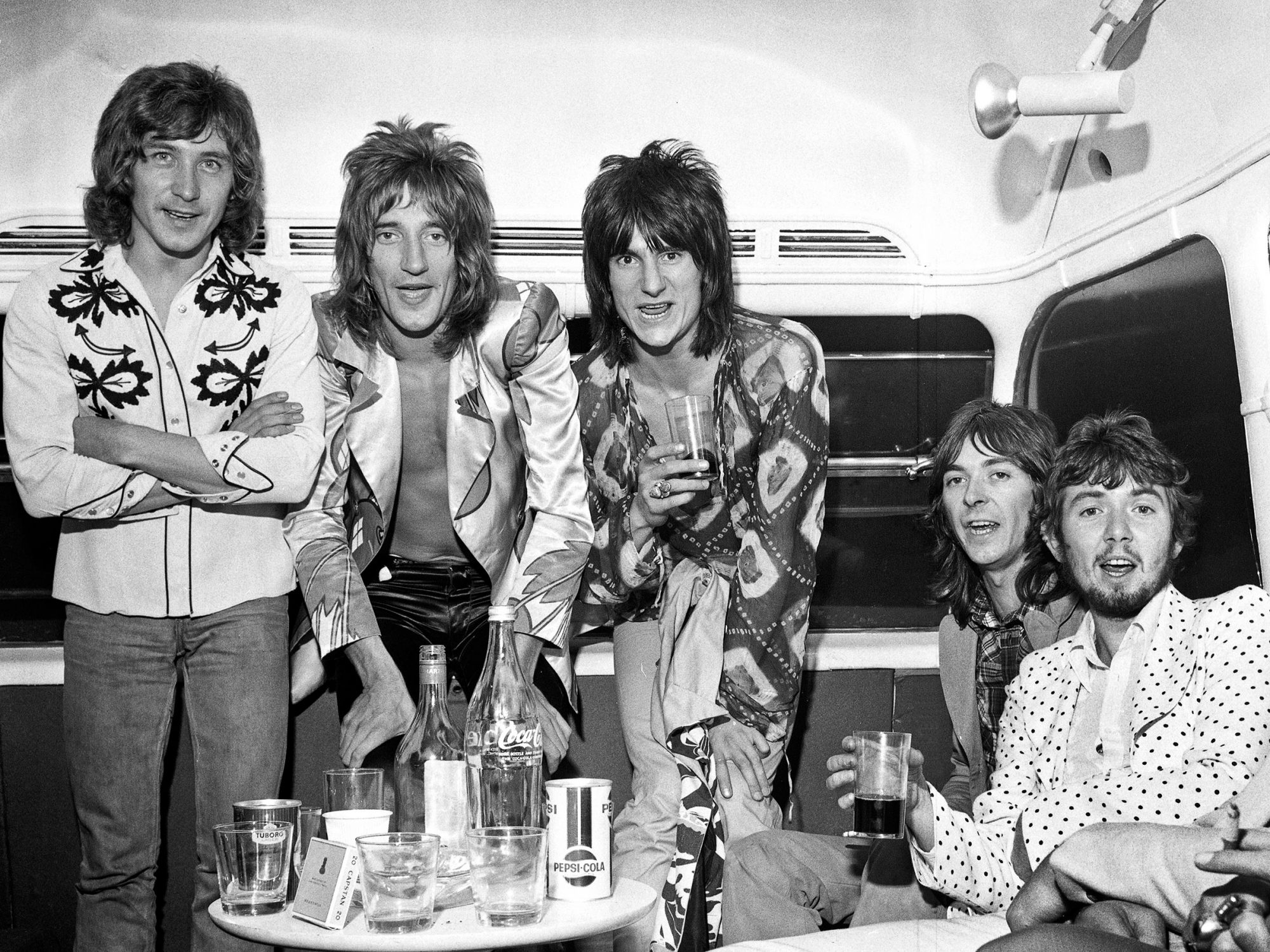 Photo of Kenney JONES and FACES and Ronnie LANE and Ian McLAGAN and Ronnie WOOD and Ron WOOD and Rod STEWART
