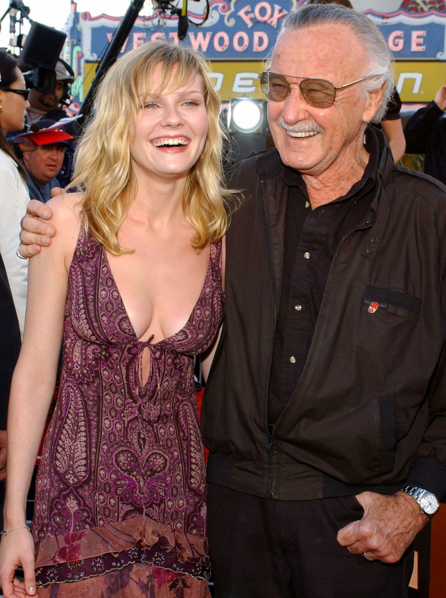 US actress Kirsten Dunst (L) poses with Stan Lee