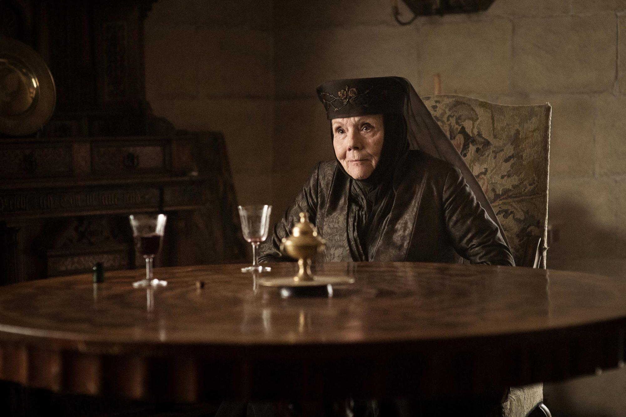 Helen Sloan - HBO (Photo 9)