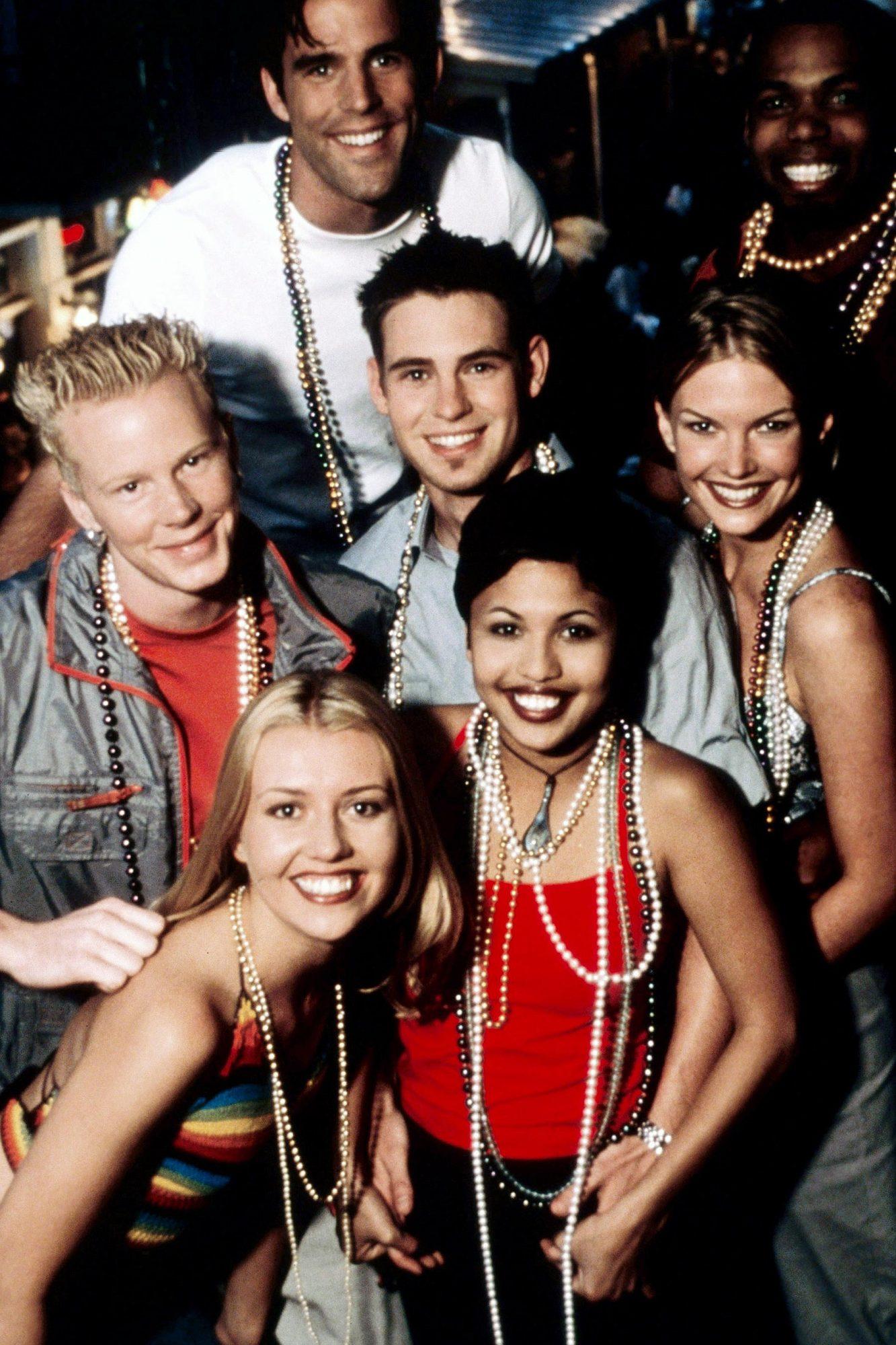 THE REAL WORLD: NEW ORLEANS, front from left: Julie Stoffer, Melissa Howard, center from left: Matt