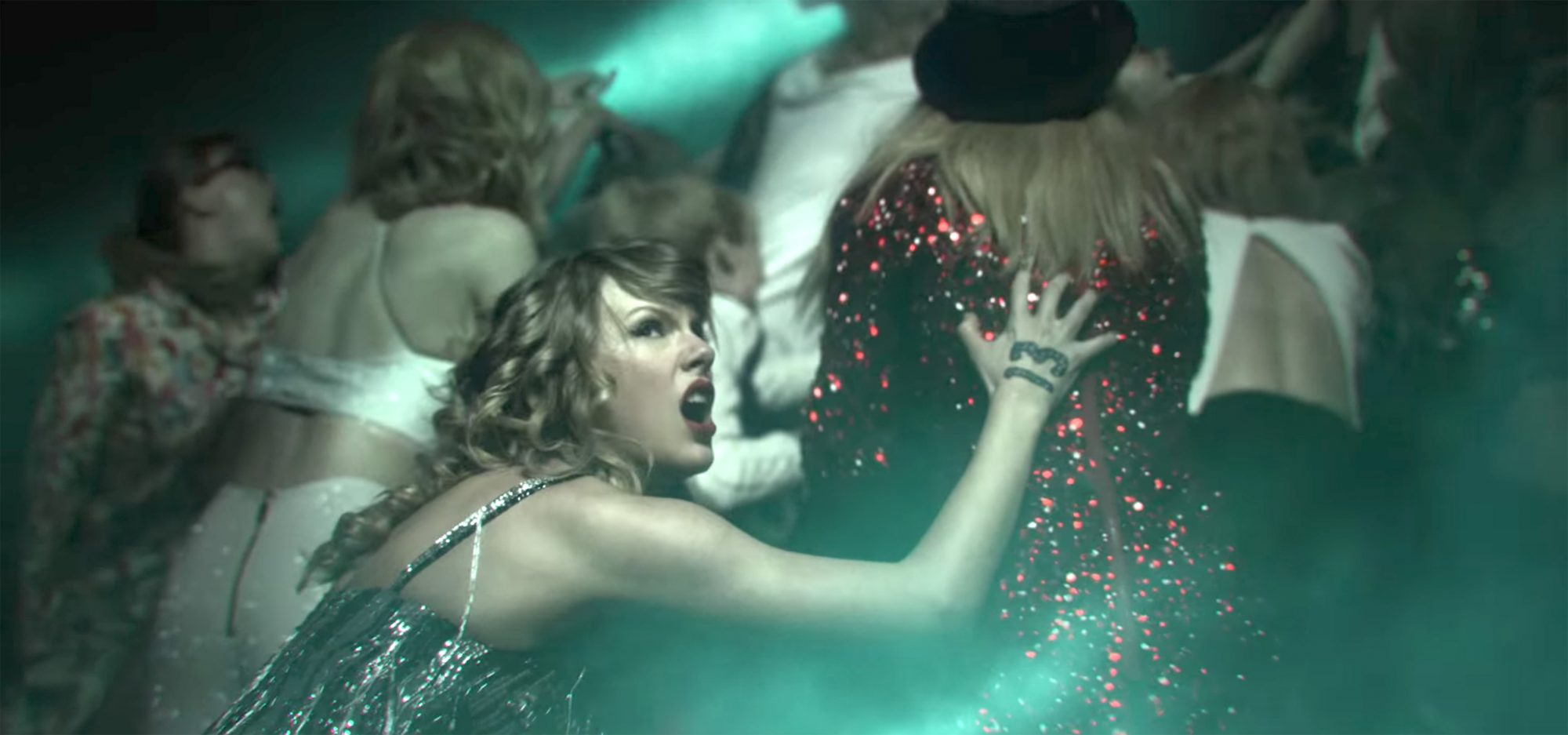 Taylor Swift - Look What You Made Me Do screen grab