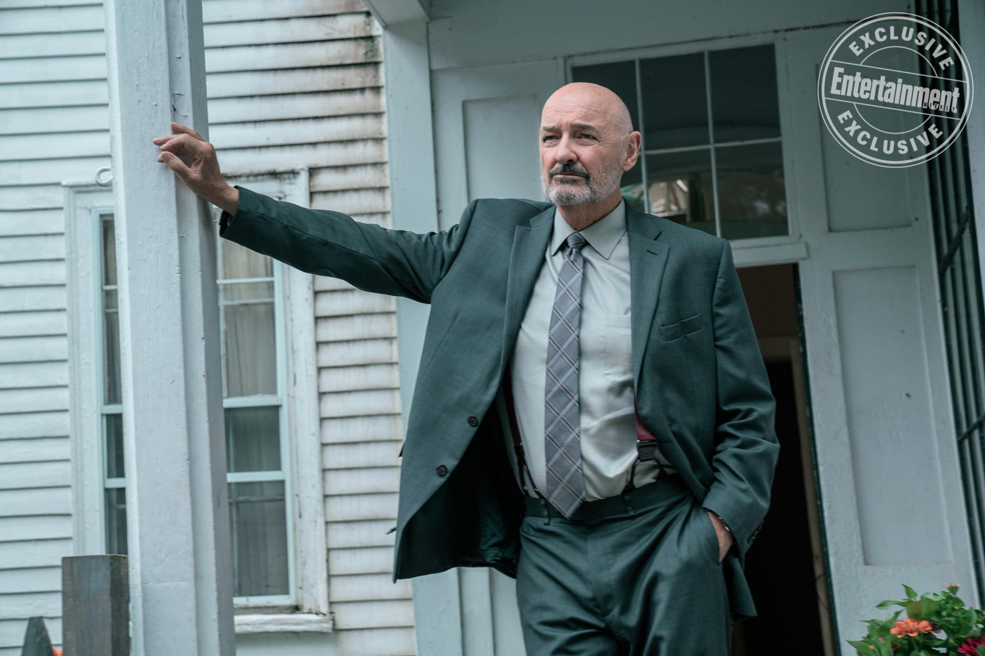 Dale Lacy (Terry O'Quinn)