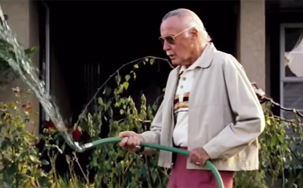 Man With Hose in Front Yard in X-Men: The Last Stand (2006)