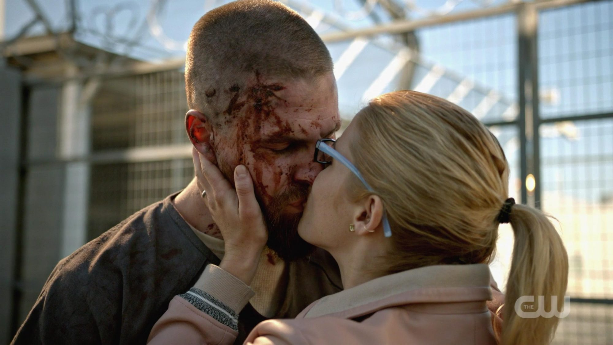Oliver and Felicity's reunion, Arrow
