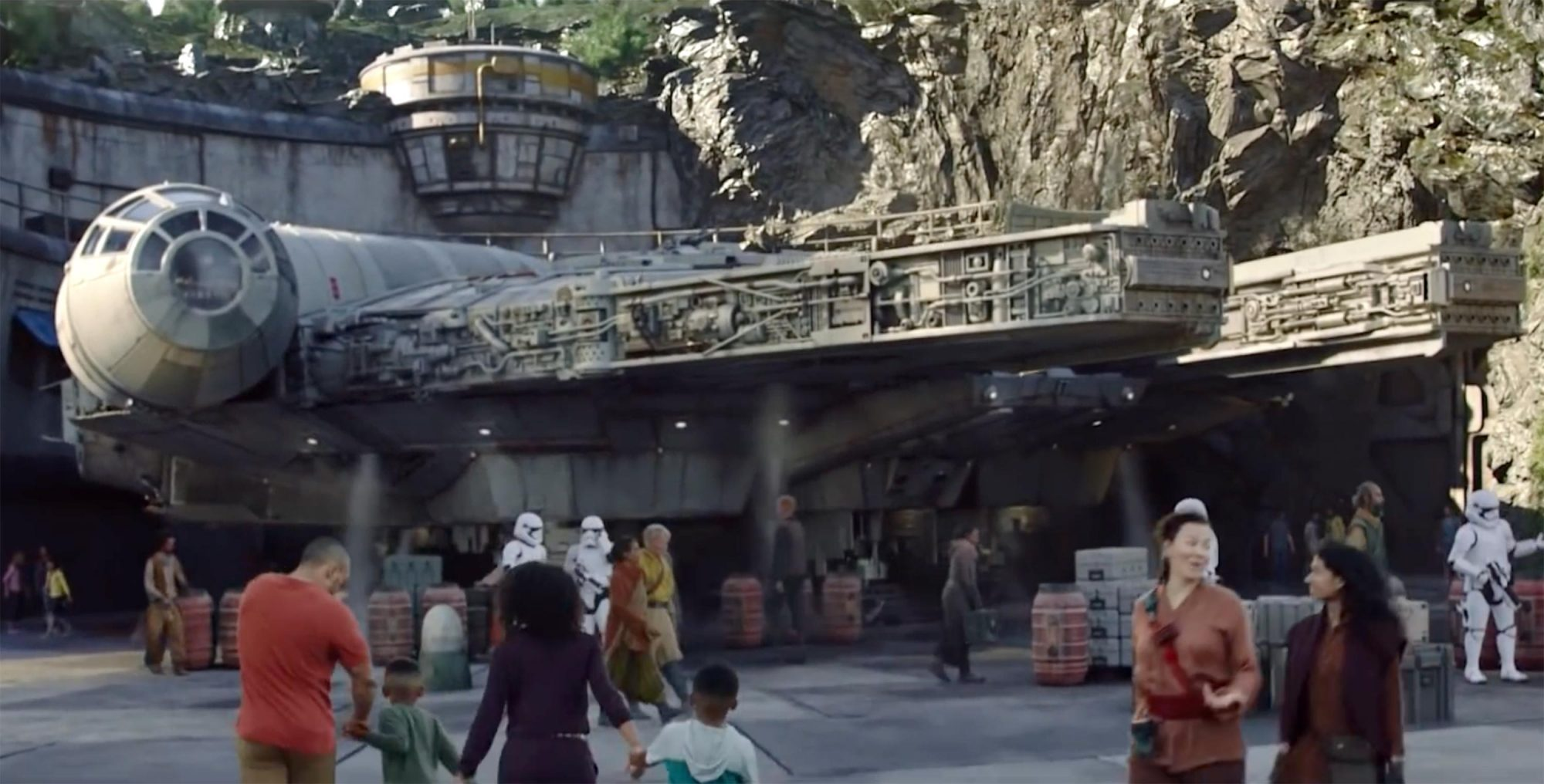Galaxy's Edge at Disney theme parks