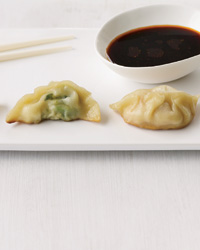 images-sys-201005-a-lesson-in-dumplings.jpg