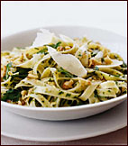 Fettuccine with Walnut-Parsley Pesto