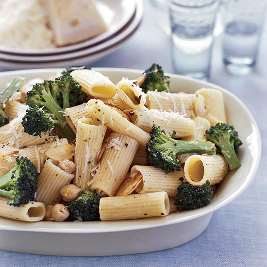 Lemony Broccoli and Chickpea Rigatoni