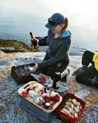 Ecotourism: Picnic Lunch with Maple Leaf Adventures