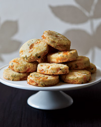 images-sys-201111-r-apricot-tarragon-cocktail-cookies.jpg