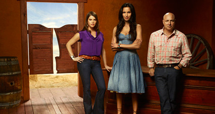 Gail Simmons, Tom Colicchio and Padma Lakshmi return for Top Chef Season 9