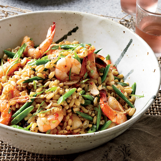 Low-Calorie Meals: Warm Shrimp Salad with Kamut, Red Chile and Tarragon