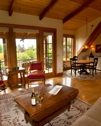 Wine Country Vineyard Cottages: Red Ridge Farms