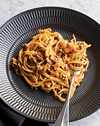 Norah Jones's Food Tour: Spaghetti Bolognese