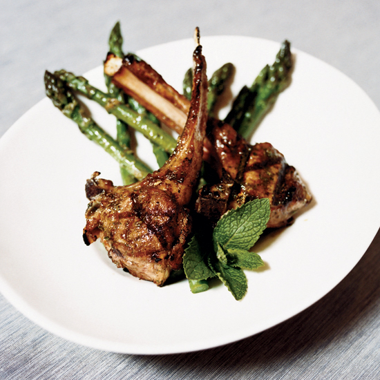 Herb-and-Spice Lamb Chops with Minted Asparagus