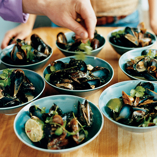 Steamed Mussels with Coconut Milk and Thai Chiles