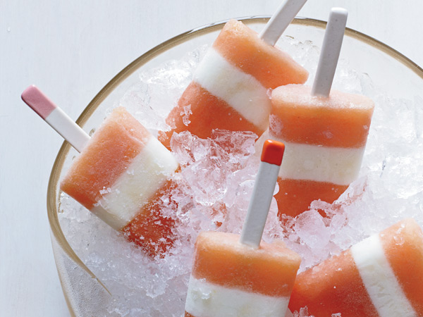 These refreshing nectarine-buttermilk pops are not only gorgeous, they're also refreshing and low in fat.