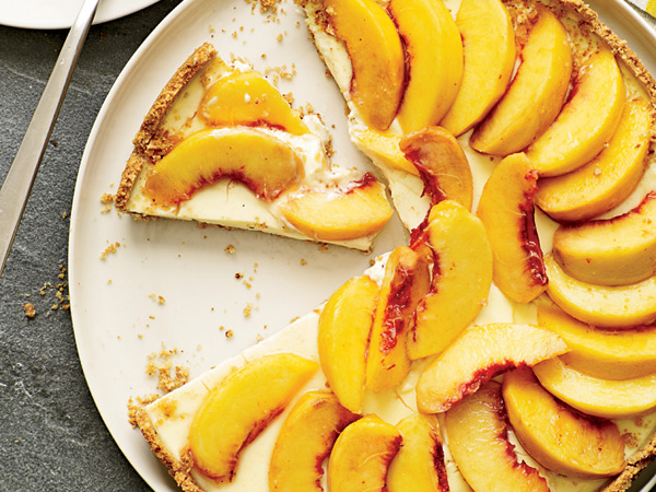 Creamy Peach Tart with Smoky Almond Crust // © Tina Rupp