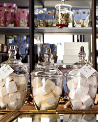 images-sys-201110-a-paris-chocolate-shops.jpg