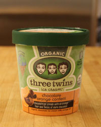 http://www.foodandwine.com/assets/images/201208-a-taste-test-dessert-ice-cream-organic-three-twins-choc-orange.jpg/variations/original.jpg