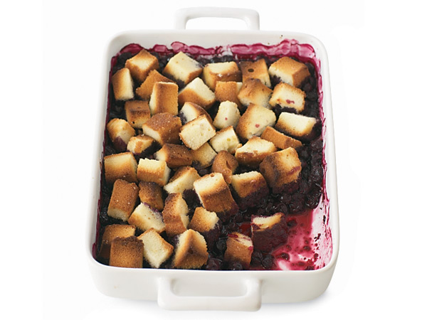 Delicious, sugary cubes of pound cake make for a great topping on this baked fruit dessert. // © Lucy Schaeffer